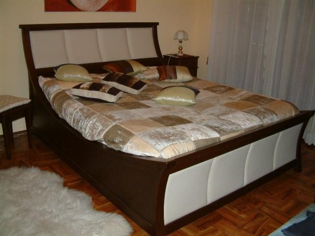 Credenza noce con intarsio mobili classici e moderni for Arredo bagno pinerolo