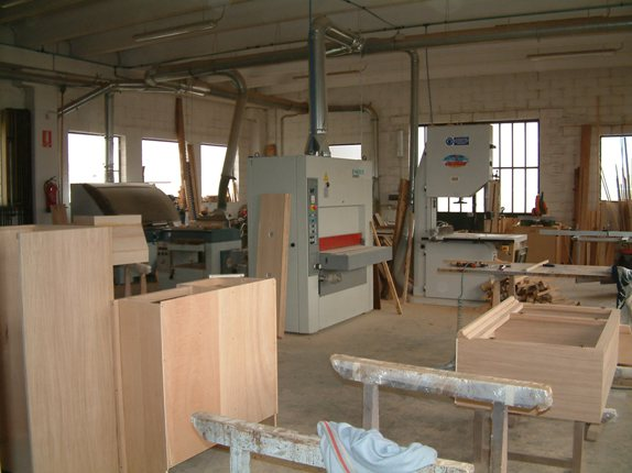 Arredo legno mobili arredamento 12030 sanfront for Arredamento piemonte