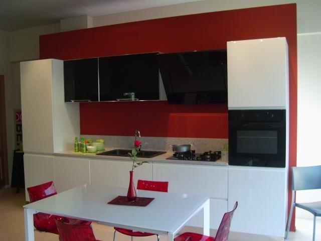 Zemma porte scorrevoli cabine armadio mobilifici for Arredamento completo berloni